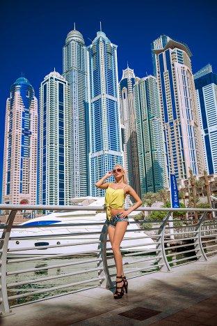 прогулка по Дубаю ,на яхте, в Дубай марине,фотосессии в Дубаи ,профессиональный фотограф в Дубае Плевако Галина